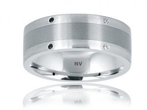 GENTS DIAMOND RING 18ct White Gold-Tit Mens wedding ring set with Black and White Diamonds $2500